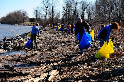earth-day-cleanup-by-river