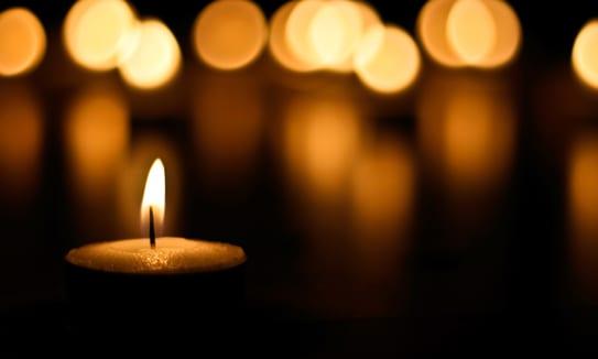 candlelit-memory