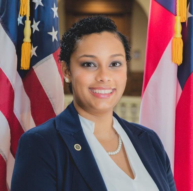 Official-Picture-Councilwoman-Cobble.jpg